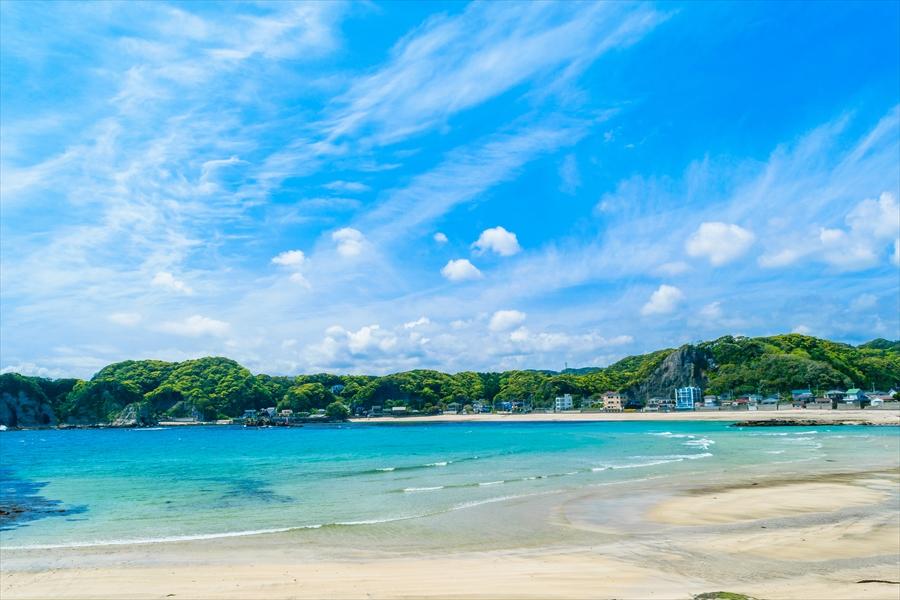 千葉県 勝浦の海 沖縄のような青い海